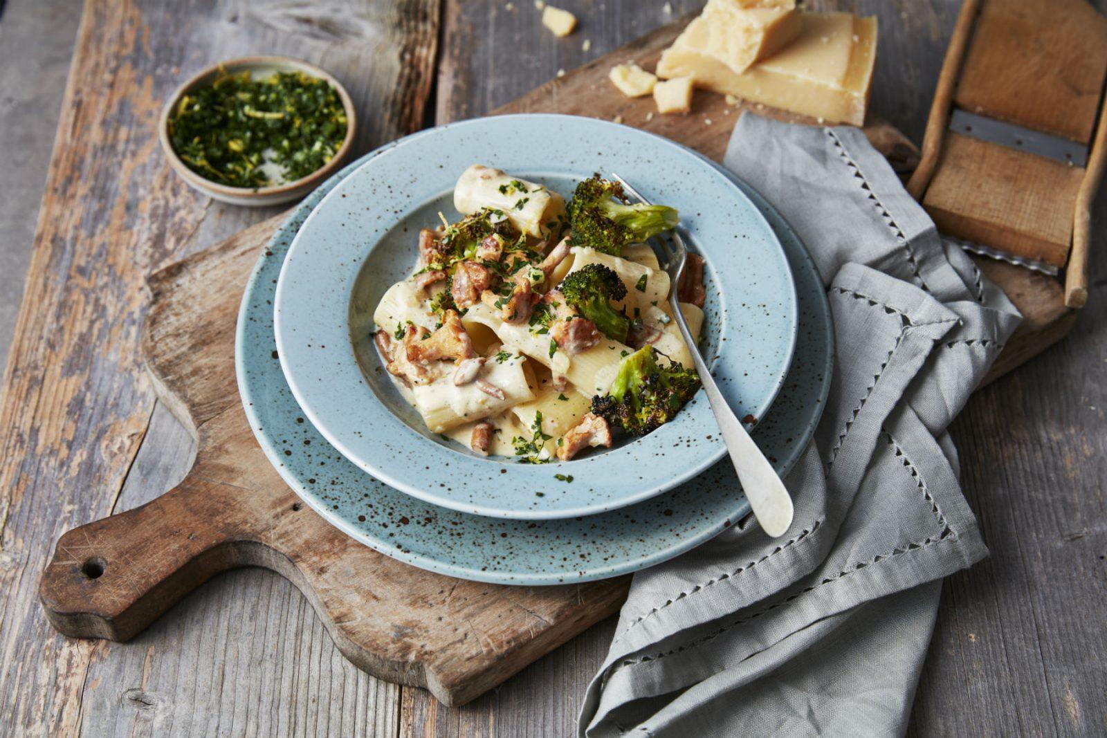 Krämig kantarellpasta med broccoli